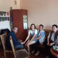 Юля с родителями Виктором и Людмилой, которые искали ее 20 лет. Фото: семейный архив